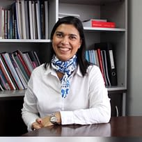 Dr. Julia Ismael